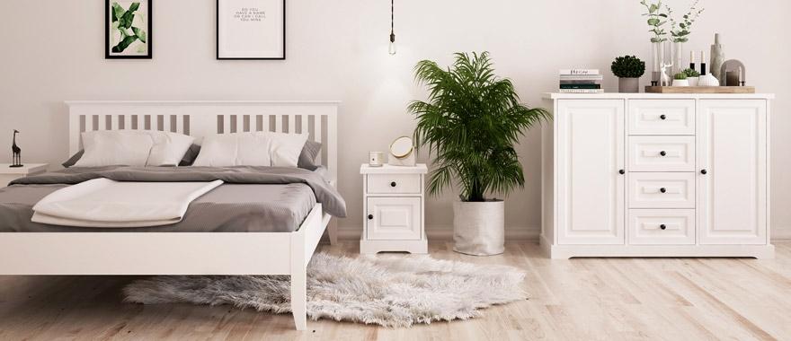 Bílý nábytek z masivu Parma